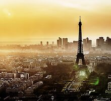 Eiffel Tower Sunset by saaton