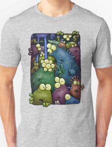 A crowd of chest dwelling aliens ... T-Shirt