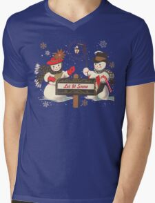 Old fashion Christmas Winter Let it snow cute Snowman  Mens V-Neck T-Shirt