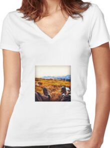 Up in the mountains Women's Fitted V-Neck T-Shirt