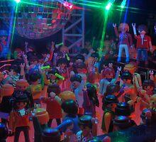 Crowd dancing pt 2 by genxatplay