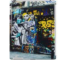 Paris Street Art Rue Denoyez iPad Case/Skin