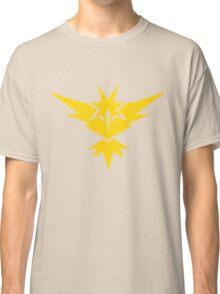 Team Instinct Pokemon GO! Classic T-Shirt