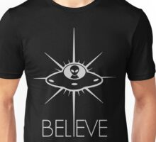 Space Alien UFO Believe  Unisex T-Shirt