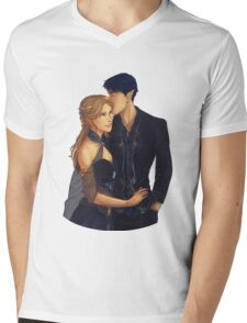 Feyre and Rhysand Mens V-Neck T-Shirt
