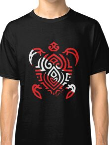 Scuba Flag Tribal Turtle Classic T-Shirt