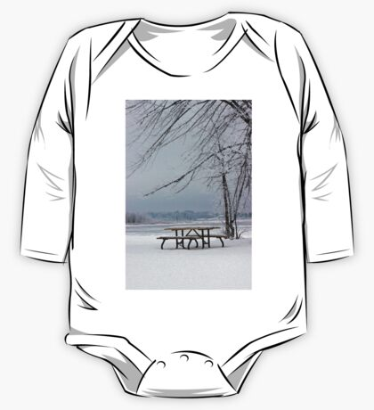 Happy Frosty Beach, dedicated to Peace One Piece - Long Sleeve
