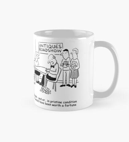 Oops - Antiques Roadshow expert drops an item Mug
