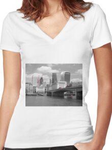 Red Buses, London Bridge Women's Fitted V-Neck T-Shirt