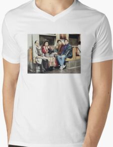 Seinfeld Mens V-Neck T-Shirt