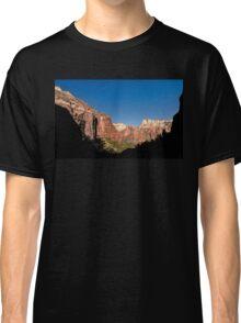 Kayenta Trail Panorama - Zion National Park  Classic T-Shirt