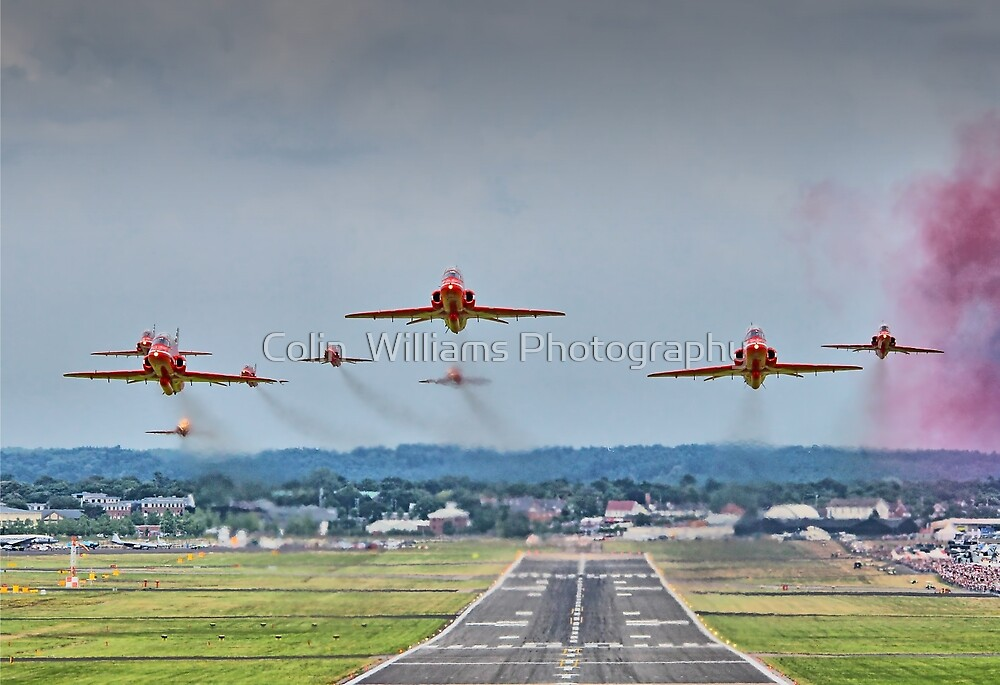 Red Arrows Take Off HDR - Farnborough 2014 by Colin  Williams Photography