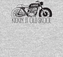KICKIN IT OLD SKOOL (cafe) Classic T-Shirt
