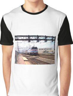 Amtrak E-60 Electric Locomotive #600 Graphic T-Shirt