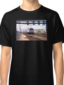 Amtrak E-60 Electric Locomotive #600 Classic T-Shirt