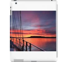 Crimson Sunrise waterscape image iPad Case/Skin