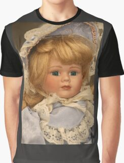 blond doll head Graphic T-Shirt