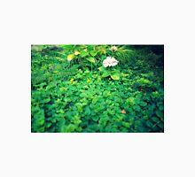 Hortensia inside shrubs Unisex T-Shirt