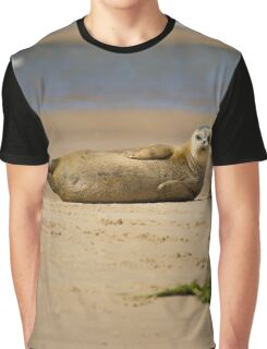 Amazing Seal Pup Graphic T-Shirt