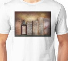 Pharmacy - I'm in so much pain Unisex T-Shirt