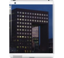 Office Squares & Southwark Cathedral iPad Case/Skin