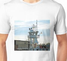 Ship enters harbour in Hay River Unisex T-Shirt