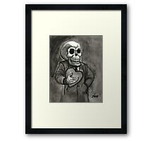 SKULL LOVE Framed Print