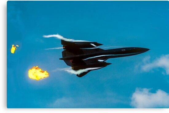 Lockheed SR-71A 64-17960 head banger by Colin Smedley