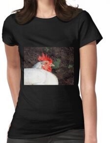 Chicken at Llwyn-yr-eos Farm Womens Fitted T-Shirt