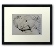Carrie Underwood in Pencil Framed Print