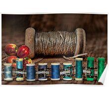 Apple Yarn Scale Thread Poster