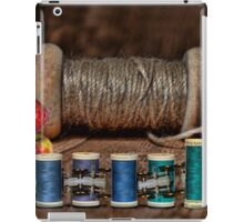 Apple Yarn Scale Thread iPad Case/Skin