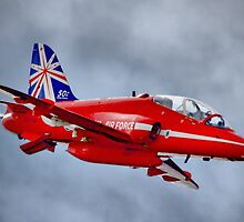 Red Arrow So Low ! - Farnborough 2014 by Colin J Williams Photography