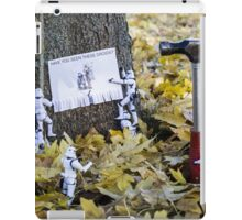 Have you seen these Droids? iPad Case/Skin