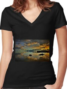 Golden Mirror of Nature Women's Fitted V-Neck T-Shirt