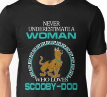 Never Underestimate A Woman Who Loves Scooby Doo T-shirts Unisex T-Shirt
