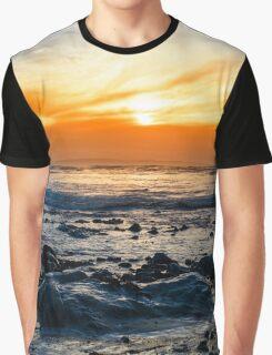 serene rocky beal beach Graphic T-Shirt