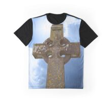 sunshine over celtic cross at ancient graveyard Graphic T-Shirt