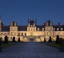 Fontainebleau castle by PhotoBilbo