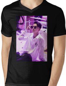 yongguk bap Mens V-Neck T-Shirt