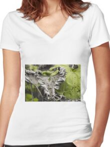Withered Heart - Nature Photography Women's Fitted V-Neck T-Shirt