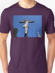 Statue of Jesus On The Cross Unisex T-Shirt