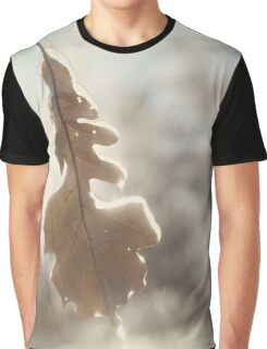 Abstract fall nature scenery of frozen leaf in rain art photo print Graphic T-Shirt