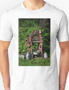 Old wooden mangle Unisex T-Shirt