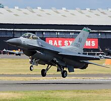 F-16 Lands by TomGreenPhotos