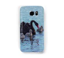 Black swan and cygnets Samsung Galaxy Case/Skin
