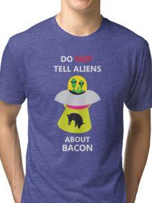 alien kidnap bacon Tri-blend T-Shirt