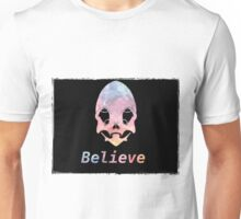 alien skull Unisex T-Shirt