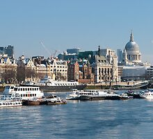 Winter on the Thames by TomGreenPhotos