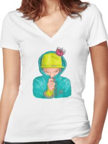 Just Think Women's Fitted V-Neck T-Shirt